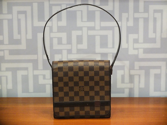 Sac à main Louis Vuitton en toile damier et cuir marron