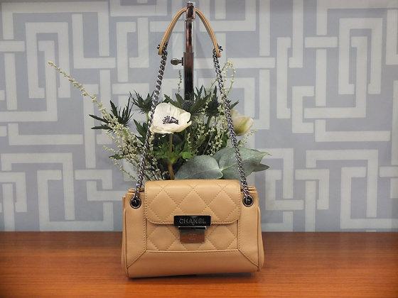 Sac à main Chanel – Mini sac à rabat en cuir