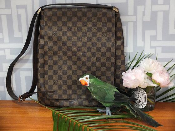 Sac Louis Vuitton Musette en toile damier et cuir marron