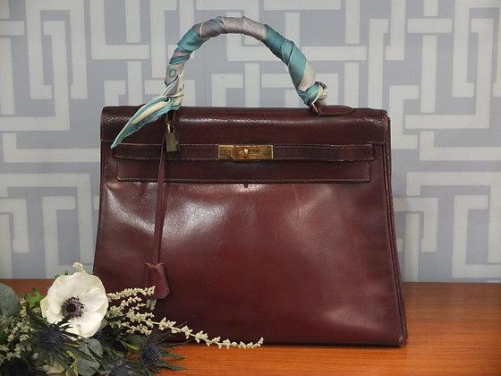 Sac à main Hermès – Kelly 35 en cuir box bordeaux