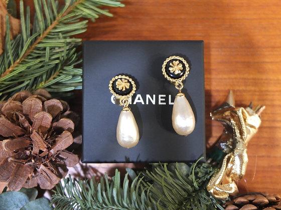 Boucles d'oreilles Chanel vintage