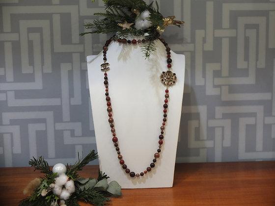 Sautoir Chanel en perles de verre et métal