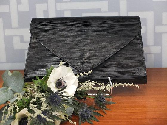 Sac à main Louis Vuitton – Pochette Art-Déco en cuir épi noir