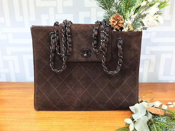 Sac cabas Chanel Grand Shopping en daim matelassé marron-chocolat