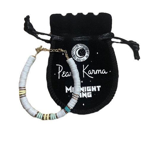 bracelet surfer kelly white pearl karma