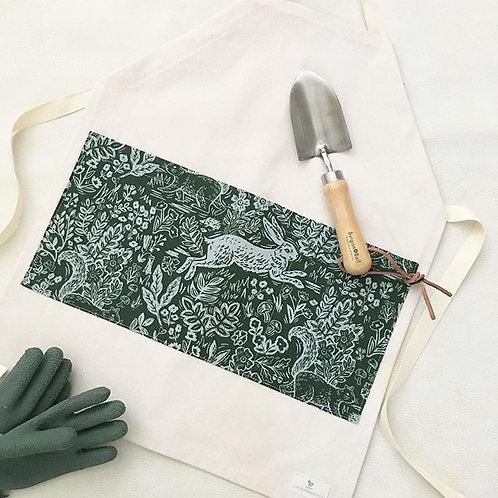 organic rabbit garden gardening/chef apron