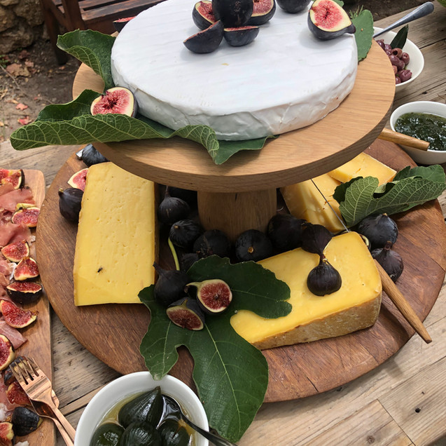 cheese platter with fresh fruit