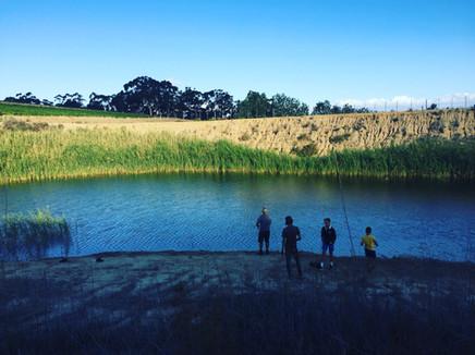 kids fishing1