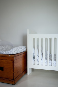 cot in cottage