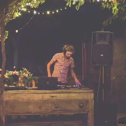 wedding DJ Ray...
