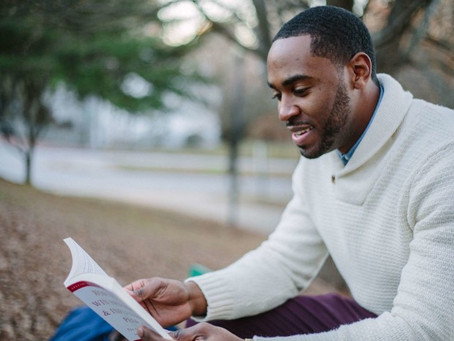 Why read books — 4 Reasons for you to start reading at least one book per month.