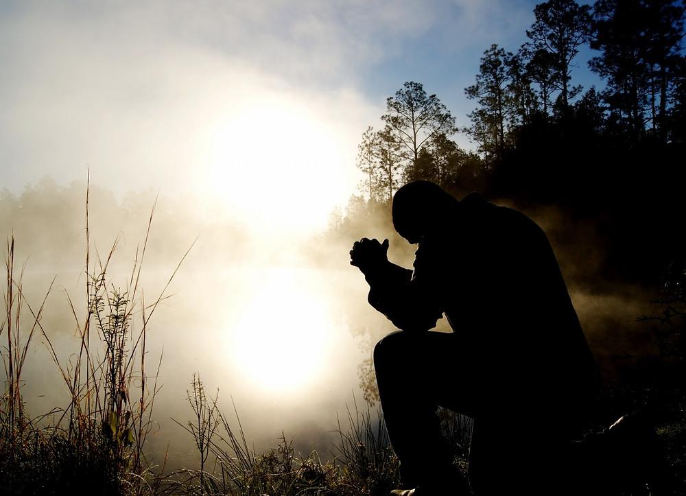 hombre_orando