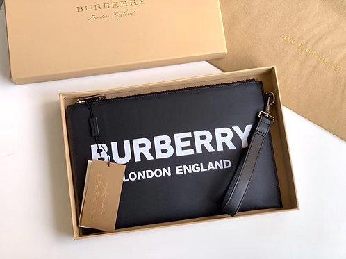 [Burberry ]#버버리 80092141 로고 프린팅 블랙 파우치 C08111700