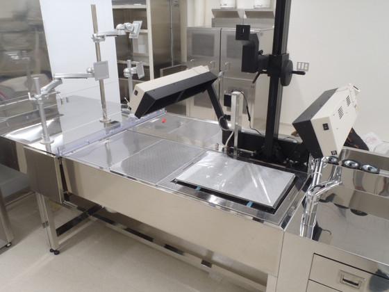 対面型プル式切出テーブル