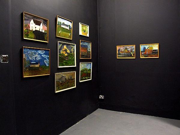 Yelena Popova / Grandad Hill - Installation Exhibition