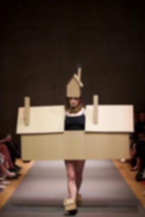 Bruce Asbestos - House Costume and Vape