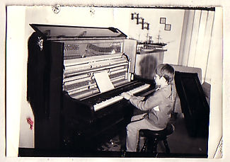 Young_Pianist.jpg