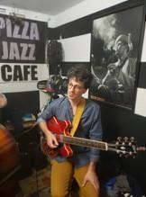 Pizza Jazz Cafe, Mexico