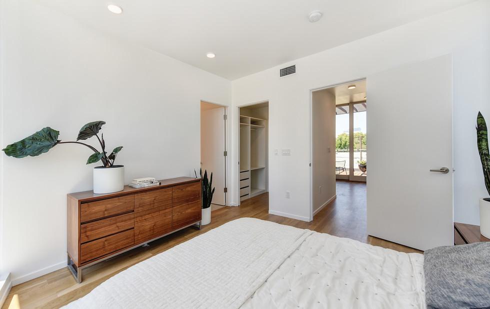 Modern-house-design-for-sale-27.jpeg