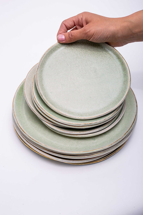 Plate set small+big green with golden edge