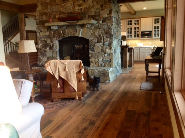 Antique Tobacco Oak Scar'dFace Flooring