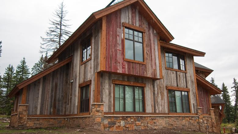 Antique Barn Wood Faded Red & Antique Ba
