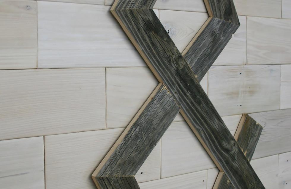 Barn Wood Ampersand
