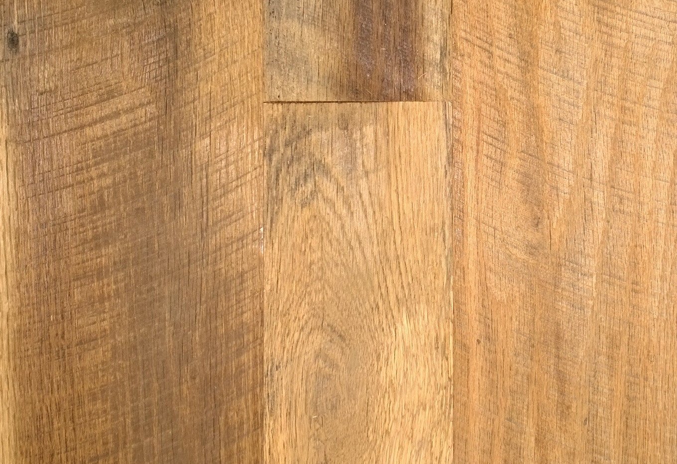 Tobacco Oak AgedSawn Flooring