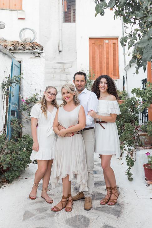 Family-photo-shoot-Greece-Athens.230.jpg