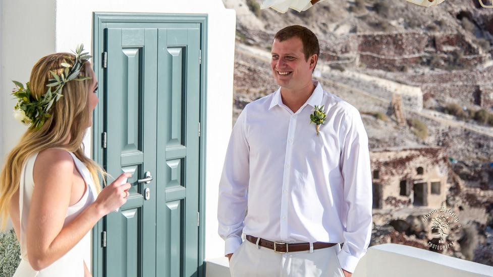 Bride and groom in Greece santorini