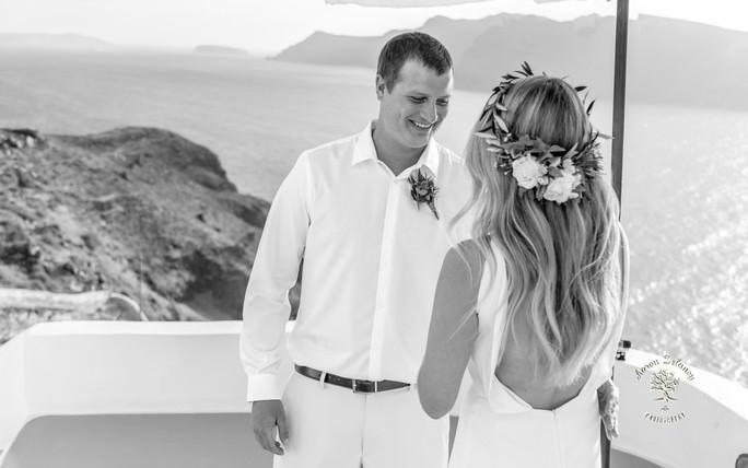 Best wedding view in Santorini