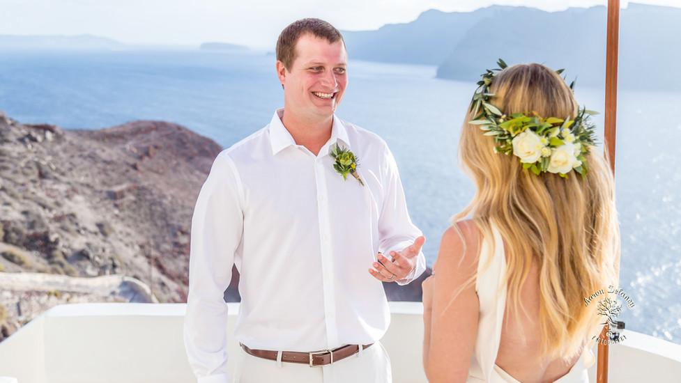 Best wedding photographer Santorini