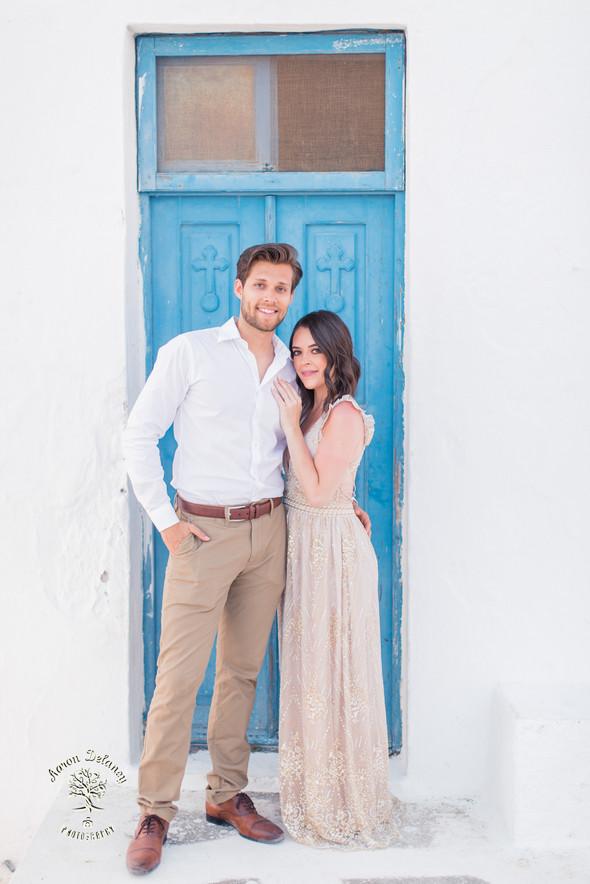 Santorini honeymoon photograpger