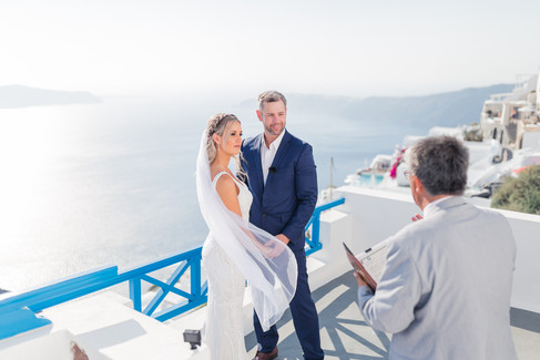 Santorini-elopement-wedding-Jade-Paul220