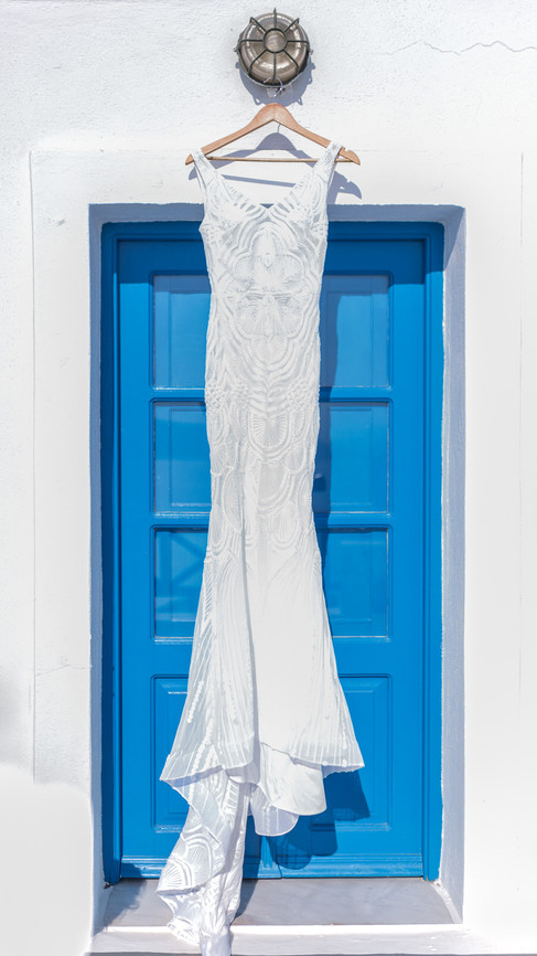 Santorini-elopement-wedding-Jade-Paul101