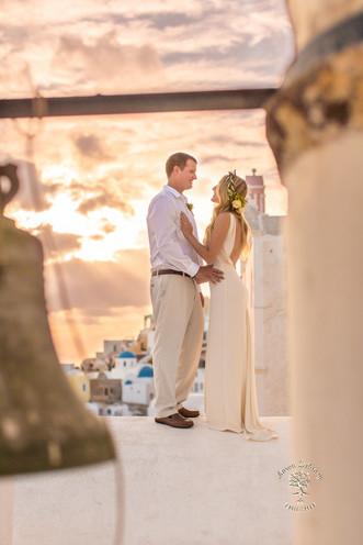 best venue for wedding in santorini