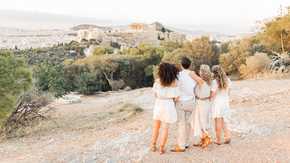 Family-photo-shoot-Greece-Athens.201.jpg