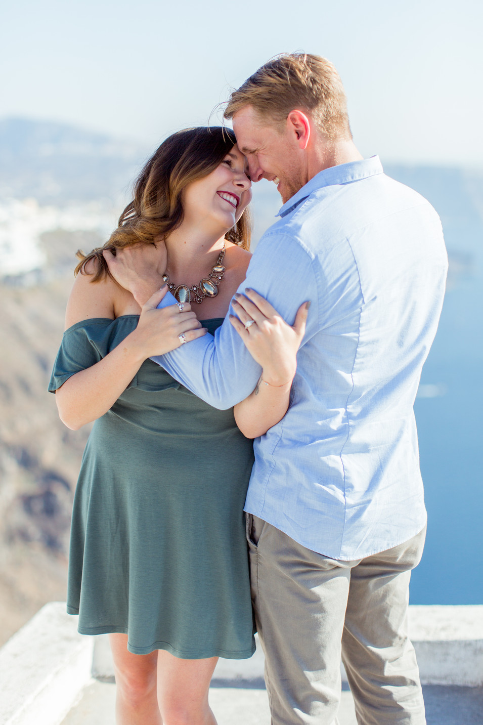 Santorini Engagment photographer