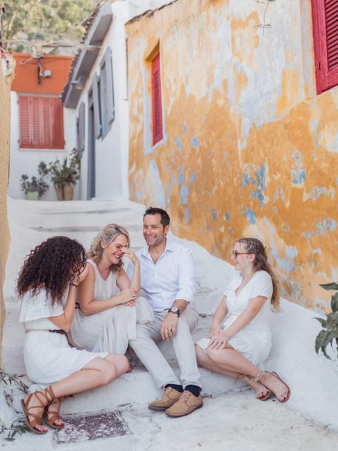 Family-photo-shoot-Greece-Athens.264.jpg