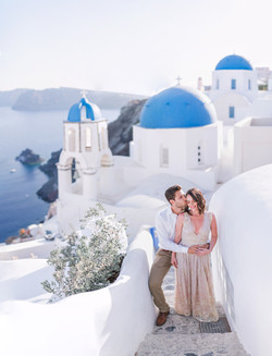 Santorini honeymoon hotel