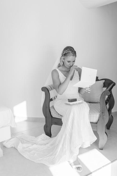 Santorini-elopement-wedding-Jade-Paul124