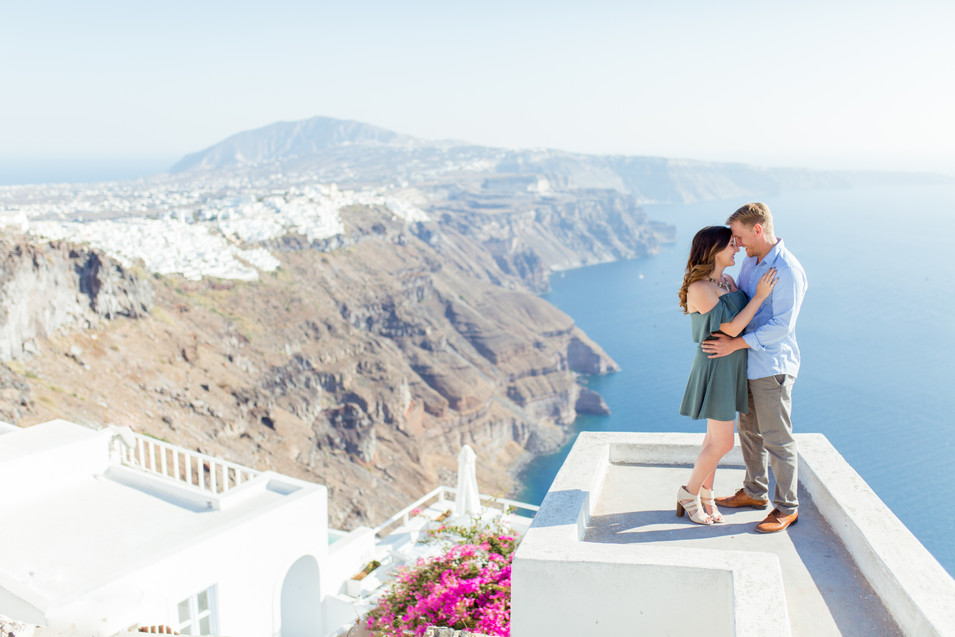 engagment photography Santorini