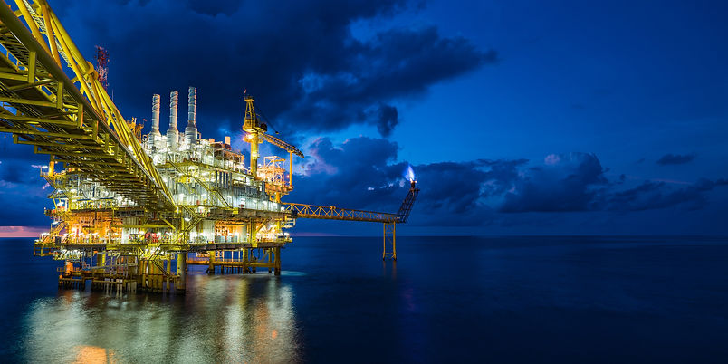 shutterstock_717797560_offshore-oil-and-