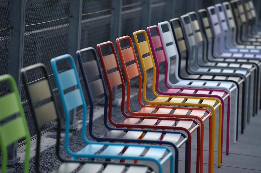 Glarus Stuhl in 18 Farben