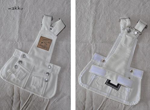ホワイトコールサロペットスカート
