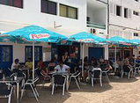 places to eat in playa Honda
