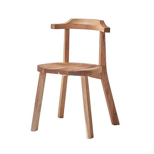 Aki Chair