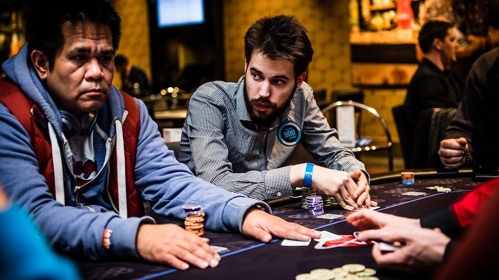 Poker錦標賽策略