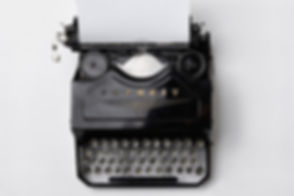 vintage%20typewriter_edited.jpg