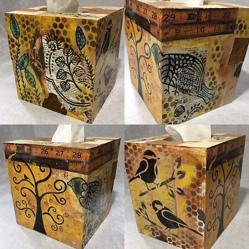 O118 - Tissue Box